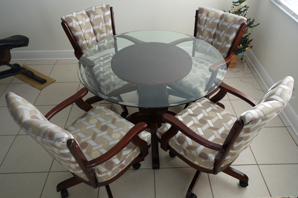 dinettes dining room furniture tables matching chair sets